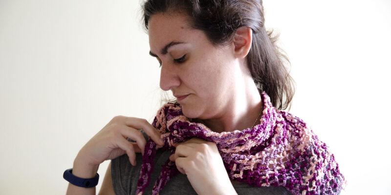 Pañuelo de punto de red de crochet