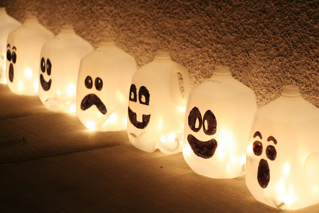 Botes transformados en fantasmas
